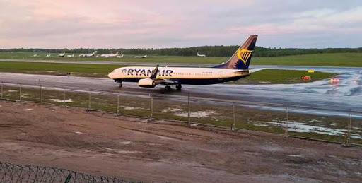 """ავთენტური ჩანაწერები """"რიანეარის"""" მფრინავსა და მინსკის აეროპორტის დისპეჩერს შორის - რა მოხდა ვილნიუსის რეისზე სინამდვილეში"""