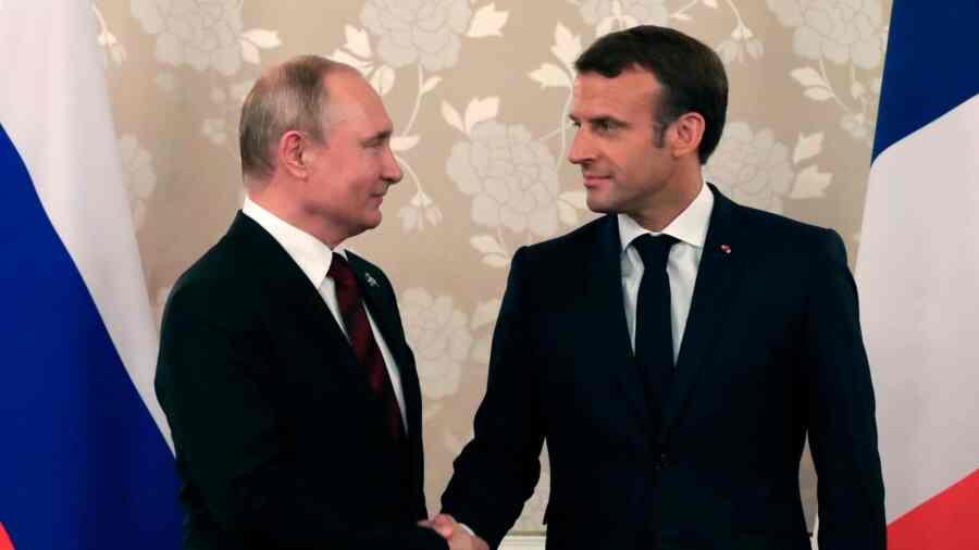 კრემლი: ვლადიმირ პუტინმა ემანუელ მაკრონს განუცხადა, რომ რუსეთი ევროკავშირთან დიალოგისთვის მზად არის