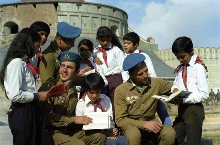 ავღანეთის ბედნიერი ბავშვები - ვიდეო შედარებისთვის